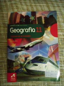 Geografia 11 - Cláudia Lob