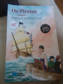 Os Piratas - Manuel António pina