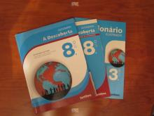Livros de Geografia À Descoberta 8 - Maria João Matos e Raúl...