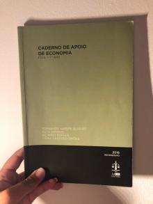 Caderno de apoio de economia - Fernando Xarepe Silveiro
