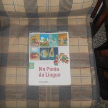 Na Ponta da Língua - Fernanda Cos