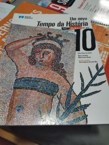 Um Novo Tempo da História - Célia Pinto do Couto
